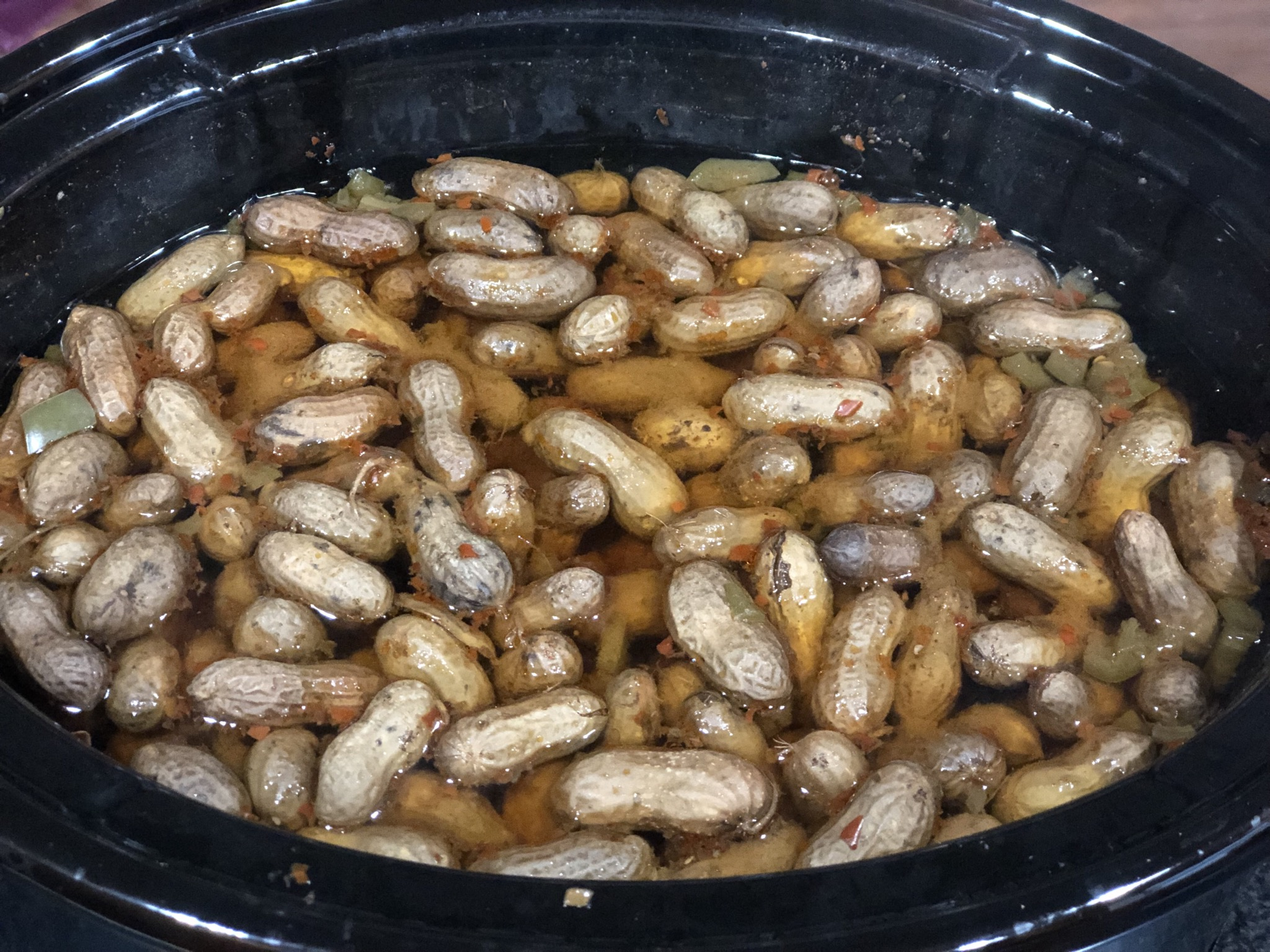 Crockpot Spicy Boiled Peanuts